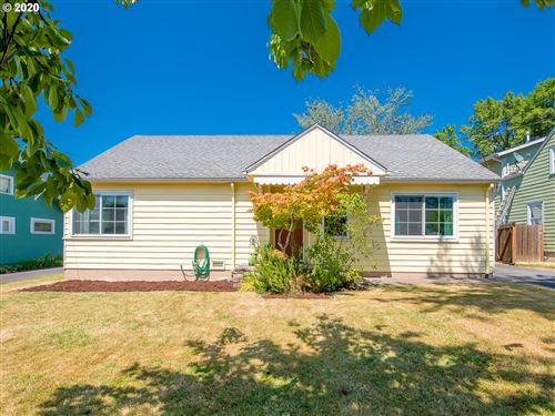 Photo of 7655 SW SPRUCE ST, Tigard, OR 97223 (MLS # 20101894)