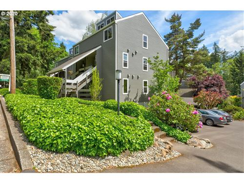 Photo of 4626 LOWER DR, Lake Oswego, OR 97035 (MLS # 20412895)