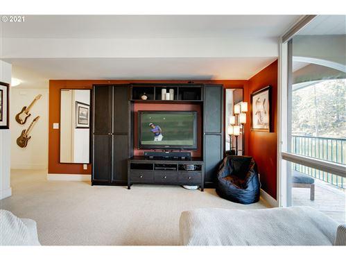 Tiny photo for 668 MCVEY AVE #33, Lake Oswego, OR 97034 (MLS # 21405896)