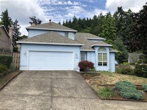 Photo of 13331 SE REGENCY VIEW DR, Happy Valley, OR 97086 (MLS # 19357899)