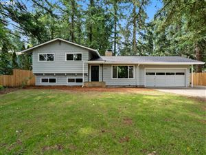 Photo of 2912 SE 153RD AVE, Portland, OR 97236 (MLS # 19481899)