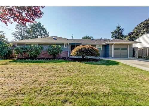 Photo of 12260 SW BOWMONT ST, Portland, OR 97225 (MLS # 21182899)