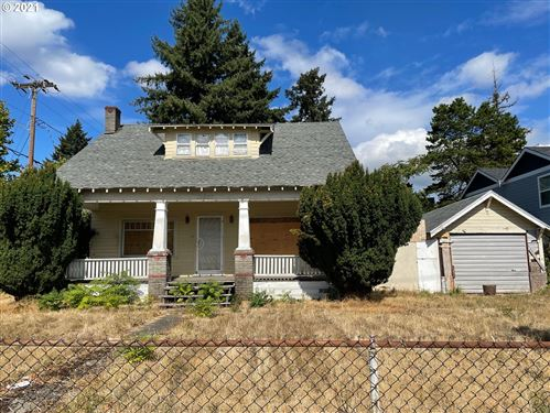 Photo of 13007 SE DIVISION ST, Portland, OR 97236 (MLS # 21429900)