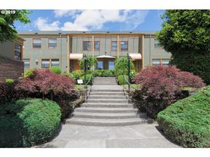 Photo of 2025 SE CARUTHERS ST 4 #4, Portland, OR 97214 (MLS # 19044902)