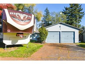 Photo of 8130 SE 75TH PL, Portland, OR 97206 (MLS # 19530902)