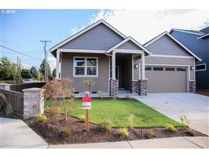 Photo of 2719 Lilly DR, Hood River, OR 97031 (MLS # 18207903)