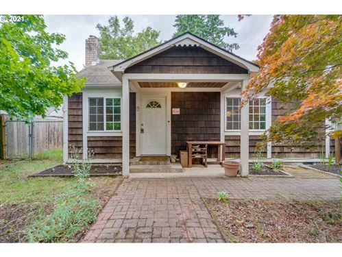 Photo of 5595 SE 128TH AVE, Portland, OR 97236 (MLS # 21218903)