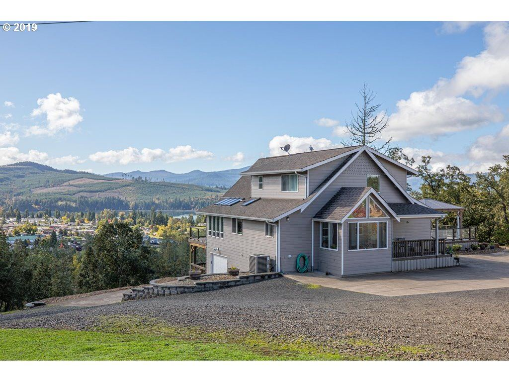Photo for 760 N MOSS ST, Lowell, OR 97452 (MLS # 19210907)