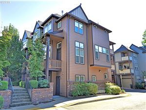 Photo of 8837 SE 13TH AVE, Portland, OR 97202 (MLS # 19373909)