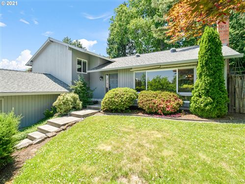 Photo of 13875 SW 114TH AVE, Tigard, OR 97223 (MLS # 21047911)