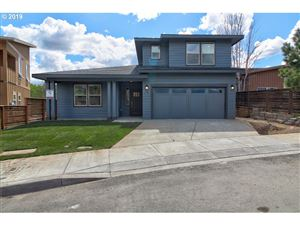 Photo of 190 HONEYSUCKLE LN, The Dalles, OR 97058 (MLS # 18395912)