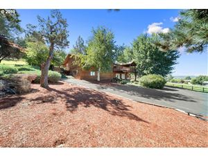 Photo of 552 NW PEPPERMINT LN, Prineville, OR 97754 (MLS # 19345912)
