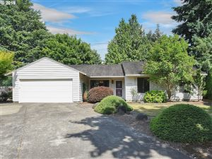 Photo of 6764 SW MOLALLA BEND RD, Wilsonville, OR 97070 (MLS # 19511914)
