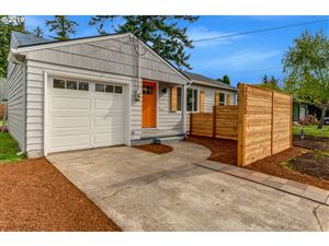 Photo of 7325 SE WOODSTOCK BLVD, Portland, OR 97206 (MLS # 19205922)