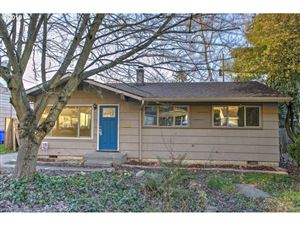 Photo of 3237 NE 92ND AVE, Portland, OR 97220 (MLS # 19001923)