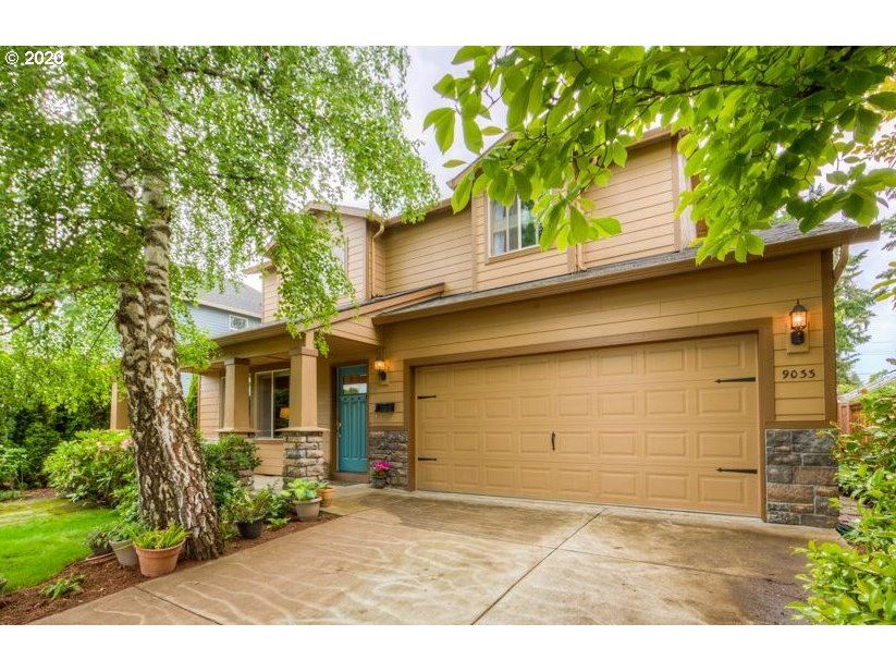 Photo for 9033 N MCKENNA AVE, Portland, OR 97203 (MLS # 20555923)