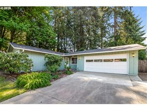 Photo of 12490 SW WALNUT ST, Tigard, OR 97223 (MLS # 19040924)