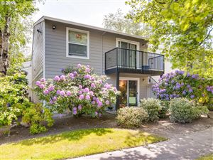 Photo of 5482 SW ALGER AVE F1 #F1, Beaverton, OR 97005 (MLS # 19612927)