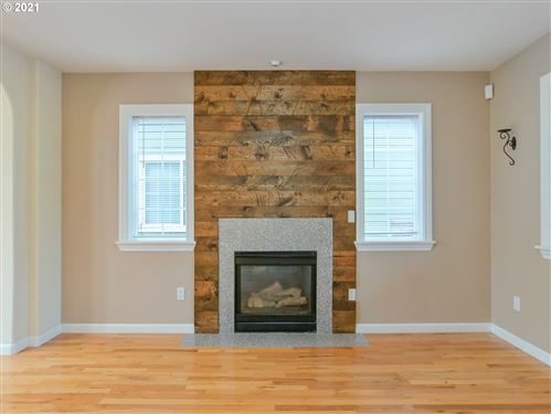 Tiny photo for 1241 MASTERS AVE, Creswell, OR 97426 (MLS # 21476928)