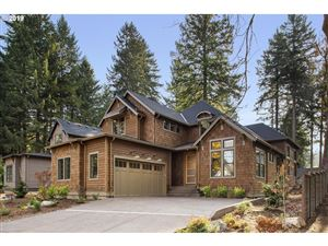 Photo of 1100 BAYBERRY RD, Lake Oswego, OR 97034 (MLS # 19409930)