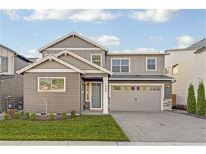 Photo of 1086 VISTA OAKS DR, Forest Grove, OR 97116 (MLS # 19694930)