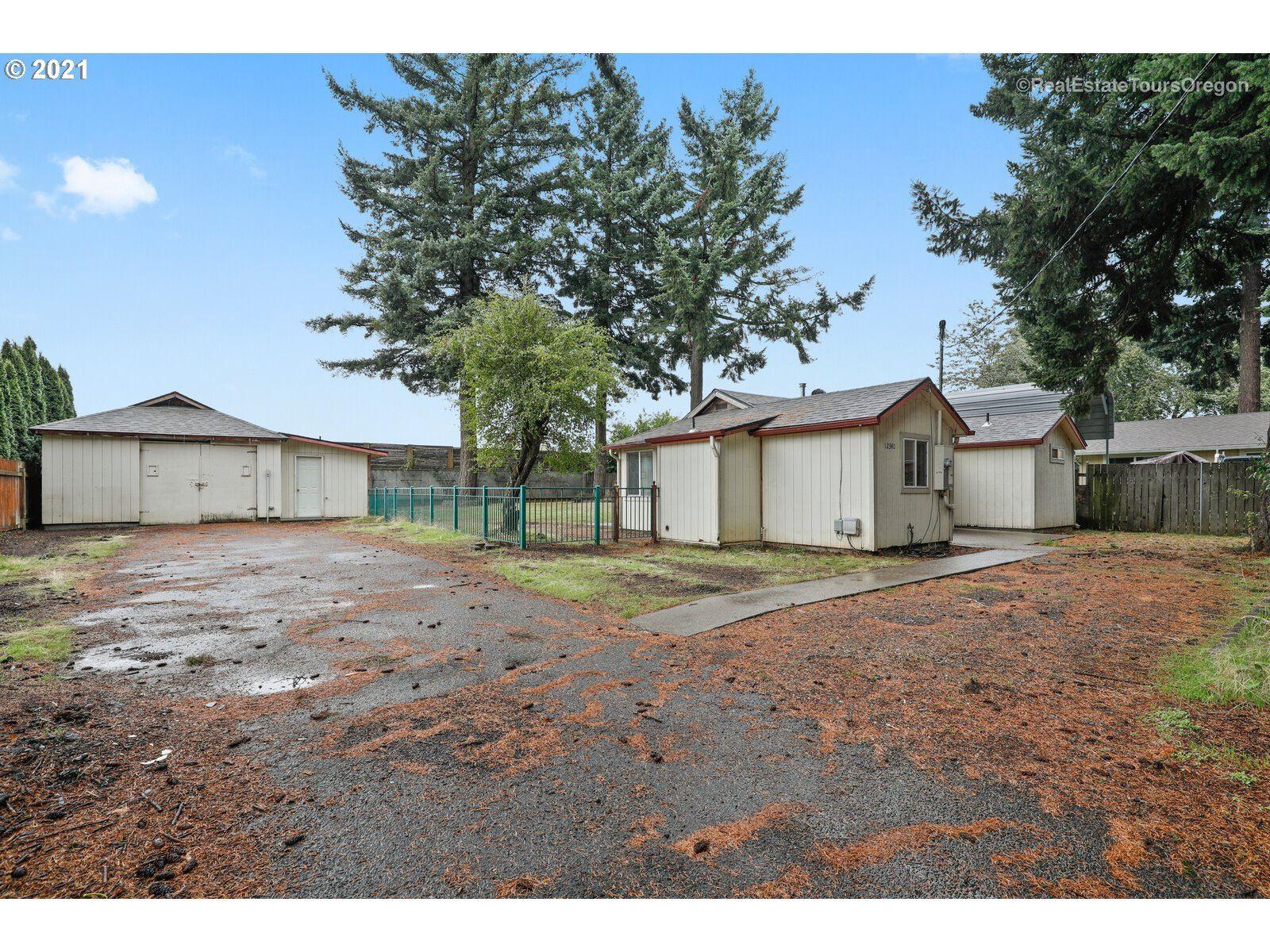 12340 NE BRAZEE ST, Portland, OR 97230 - MLS#: 21053930