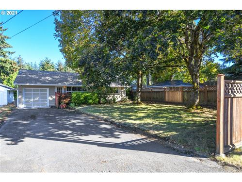 Photo of 5205 NW LINCOLN AVE, Vancouver, WA 98663 (MLS # 21629931)