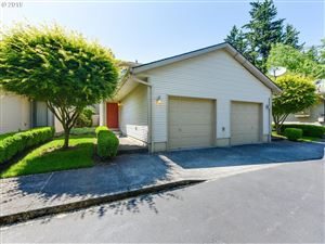 Photo of 12042 SE BUSH ST B #B, Portland, OR 97266 (MLS # 19495933)
