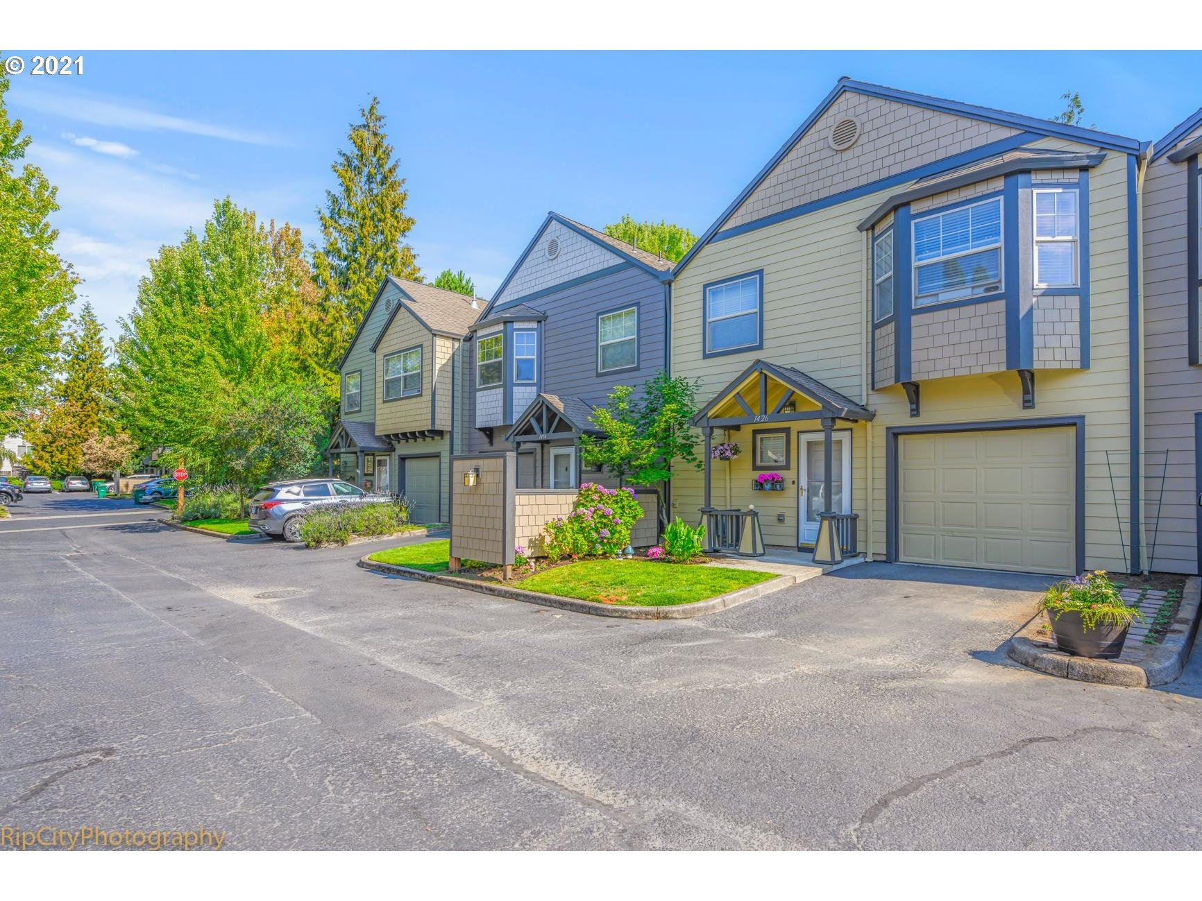 1426 SW EDGEFIELD MEADOWS CT, Troutdale, OR 97060 - MLS#: 21105933