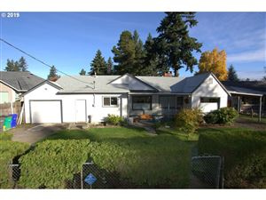 Photo of 14715 SE MARKET CT, Portland, OR 97233 (MLS # 19698934)