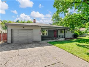 Photo of 3840 SE 154TH AVE, Portland, OR 97236 (MLS # 19195935)