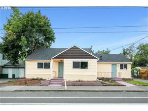 Photo of 3007 SE 122ND AVE, Portland, OR 97236 (MLS # 19557939)