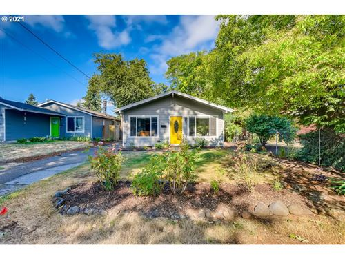 Photo of 6417 SE 81ST AVE, Portland, OR 97206 (MLS # 21352940)
