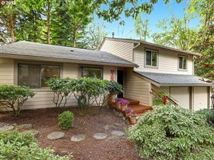 Photo of 9725 SW QUAIL POST RD, Portland, OR 97219 (MLS # 19526942)