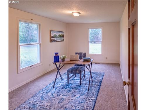 Tiny photo for 84007 BROWN RD, Dexter, OR 97431 (MLS # 21217943)