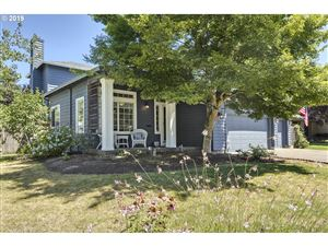 Photo of 336 SW 211TH AVE, Hillsboro, OR 97006 (MLS # 19113944)