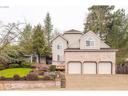 Photo of 12735 NW CREEKSIDE DR, Portland, OR 97229 (MLS # 19530944)