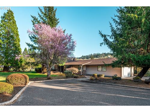 Photo of 14501 BAKER CREEK RD, McMinnville, OR 97128 (MLS # 21173945)