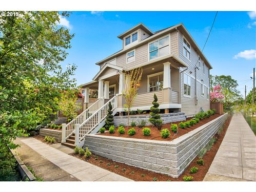 Photo of 1903 SE 29TH AVE, Portland, OR 97214 (MLS # 19340946)