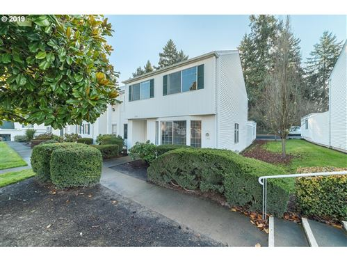 Photo of 13090 SW 17TH ST, Beaverton, OR 97008 (MLS # 19151949)