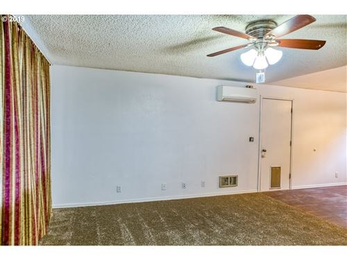 Tiny photo for 775 KINGS ROW, Creswell, OR 97426 (MLS # 19211949)