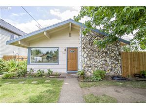 Photo of 906 NE 72ND AVE, Portland, OR 97213 (MLS # 19396949)