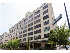 Photo of 1400 NW IRVING ST 721 #721, Portland, OR 97209 (MLS # 19577949)