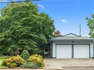 Photo of 3423 SE 160TH AVE, Portland, OR 97236 (MLS # 19676951)
