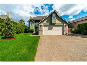 Photo of 121 MELODY CT, Newberg, OR 97132 (MLS # 19052952)