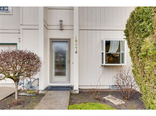 Photo of 12075 SW SUSSEX ST, Beaverton, OR 97008 (MLS # 19433952)
