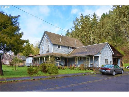 Photo of 335 N H ST, Cottage Grove, OR 97424 (MLS # 20266952)