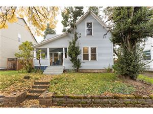Photo of 9039 N RICHMOND AVE, Portland, OR 97203 (MLS # 19311955)