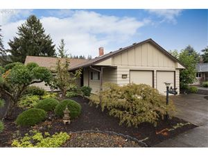 Photo of 15905 SW QUEEN VICTORIA PL, King City, OR 97224 (MLS # 19618955)