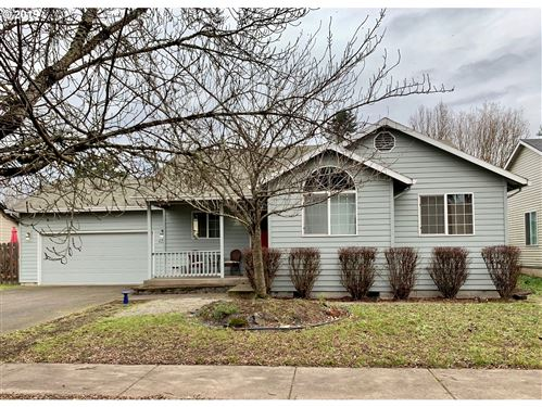 Photo of 2900 WINCHESTER DR, Newberg, OR 97132 (MLS # 19131957)